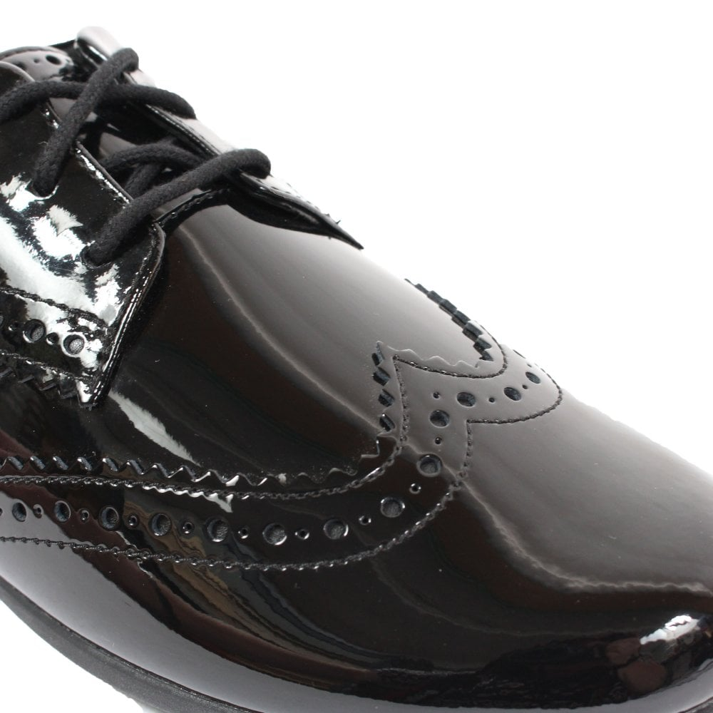 Civilizar Crónica Desarmado  Clarks Scala Lace Youth Black Patent Leather Girls Lace Up Brogue School  Shoes | SALE | Buy Online UK