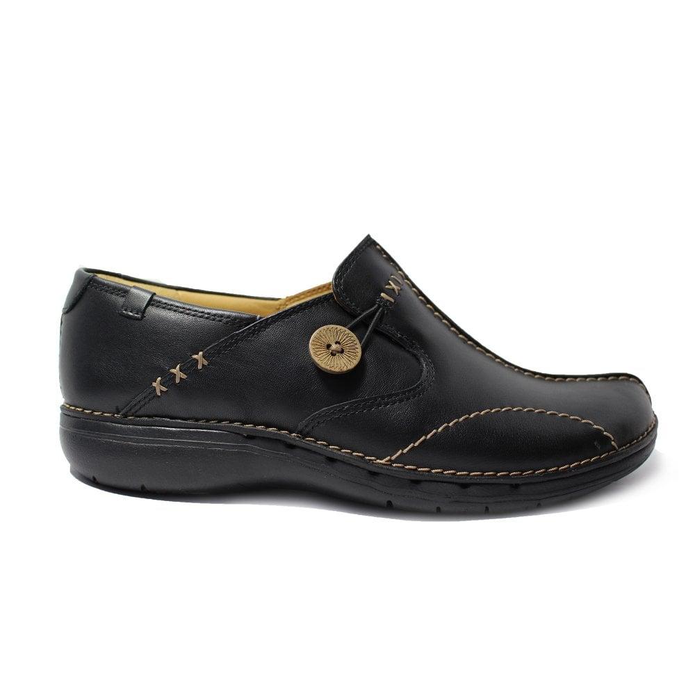 edf10c11 Mens Clarks Un Loop Black Leather Womens Slip On Casual Shoes   SALE ...